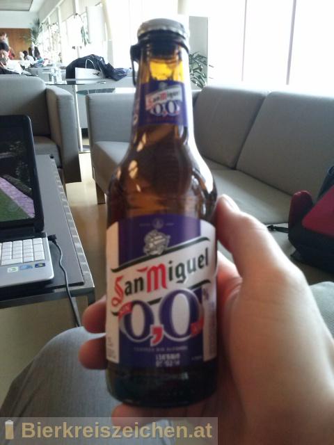 Foto eines Bieres der Marke San Miguel 0,0 aus der Brauerei San Miguel Corporation