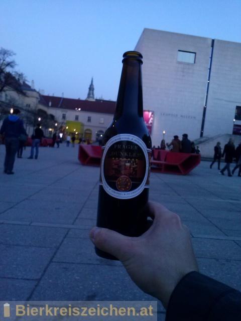 Foto eines Bieres der Marke 7Stern Prager Dunkles aus der Brauerei Siebenstern Bräu