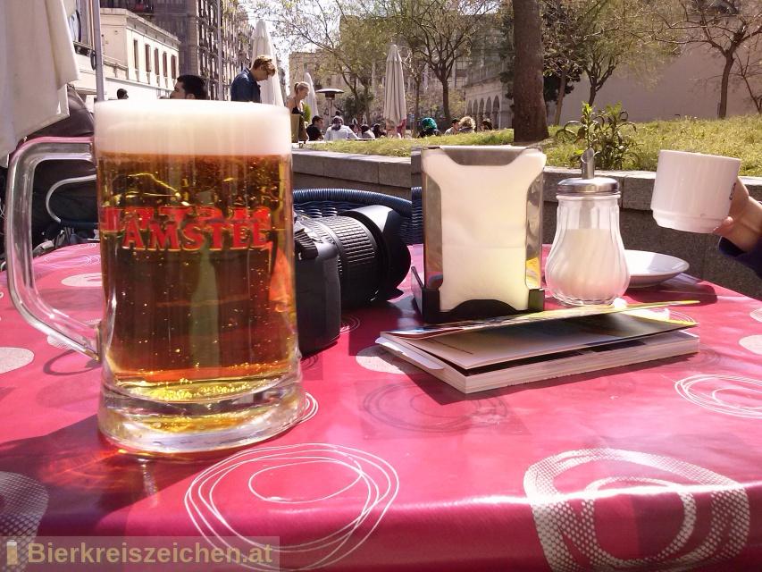 Foto eines Bieres der Marke Amstel aus der Brauerei Heineken