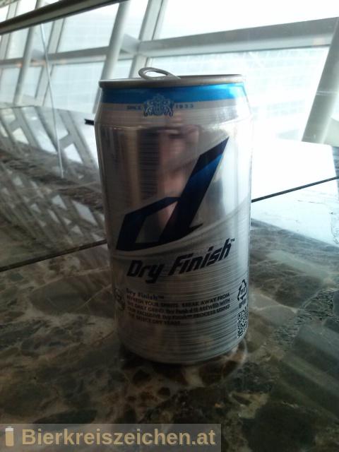 Foto eines Bieres der Marke Hite d dry finish aus der Brauerei Hite Brewery Company Limited