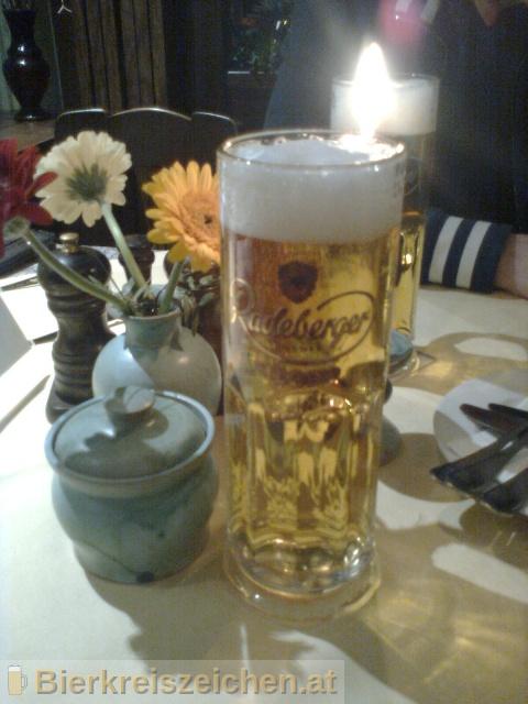 Foto eines Bieres der Marke Radeberger Pilsner aus der Brauerei Radeberger Exportbierbrauerei