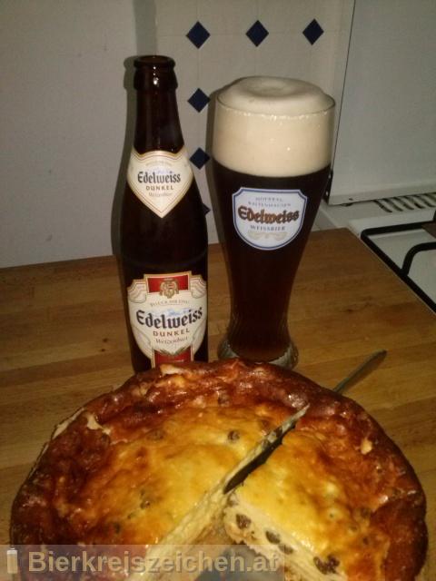 Foto eines Bieres der Marke Edelweiss Dunkel aus der Brauerei Brau Union