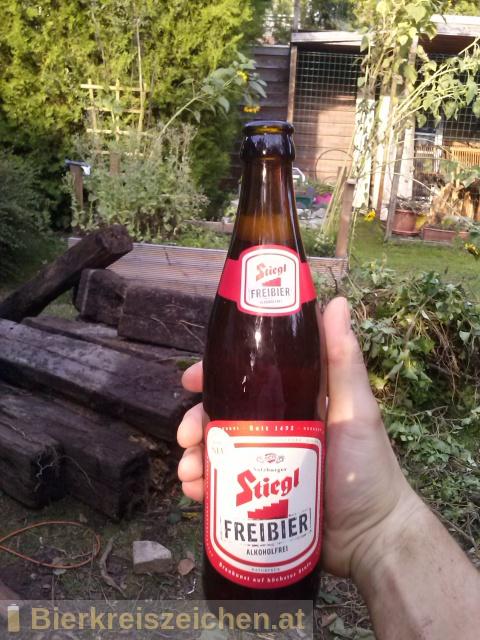 Foto eines Bieres der Marke Stiegl Freibier aus der Brauerei Stieglbrauerei