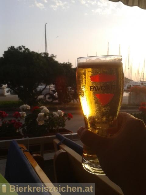 Foto eines Bieres der Marke Favorit Pivo aus der Brauerei Istarska Pivovara