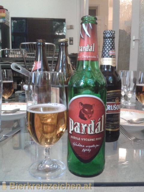 Foto eines Bieres der Marke Pardál - Echt - Světlý Ležák aus der Brauerei Budweiser Budvar