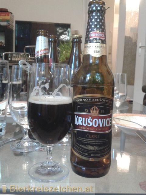 Foto eines Bieres der Marke Krušovice Černé aus der Brauerei Königliche Brauerei Krušovice
