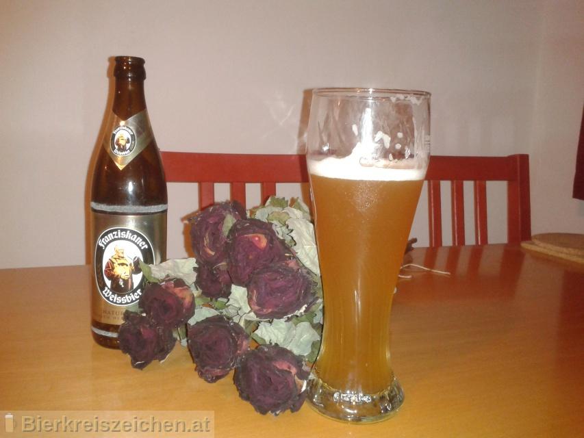 Foto eines Bieres der Marke Franziskaner Hefe-Weissbier Naturtrüb aus der Brauerei Spaten-Franziskaner-Bräu