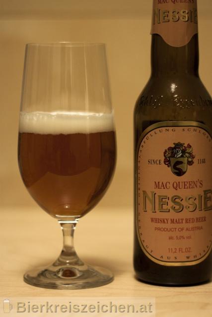 Foto eines Bieres der Marke Schloss Eggenberg - Mac Queen's Nessie aus der Brauerei Brauerei Schloss Eggenberg
