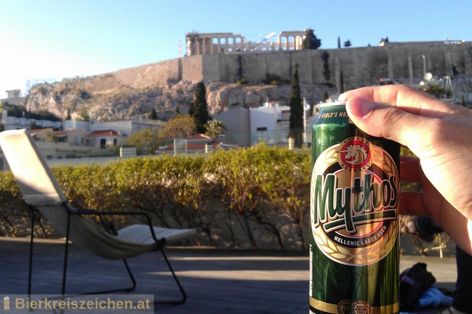 Foto eines Bieres der Marke Mythos Hellenic Lager Beer aus der Brauerei Mythos Brewery
