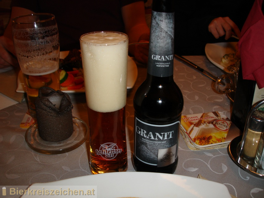 Foto eines Bieres der Marke Hofstettner Granitbier aus der Brauerei Brauerei Hofstetten