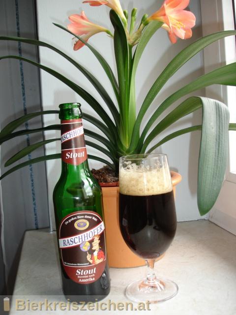 Foto eines Bieres der Marke Raschhofer Stout - Bierreise Amerika aus der Brauerei Brauerei Raschhofer