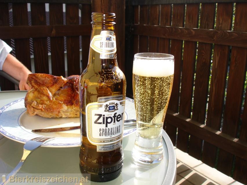 Foto eines Bieres der Marke Zipfer Sparkling aus der Brauerei Brauerei Zipf