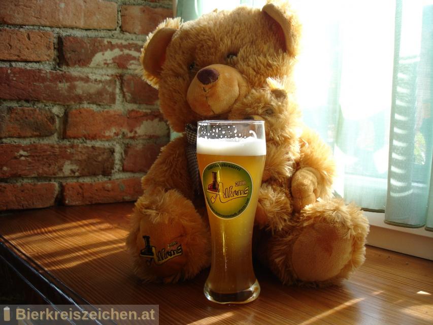 Foto eines Bieres der Marke Zum Alfons - Weizenbier aus der Brauerei Gasthausbrauerei Zum Alfons