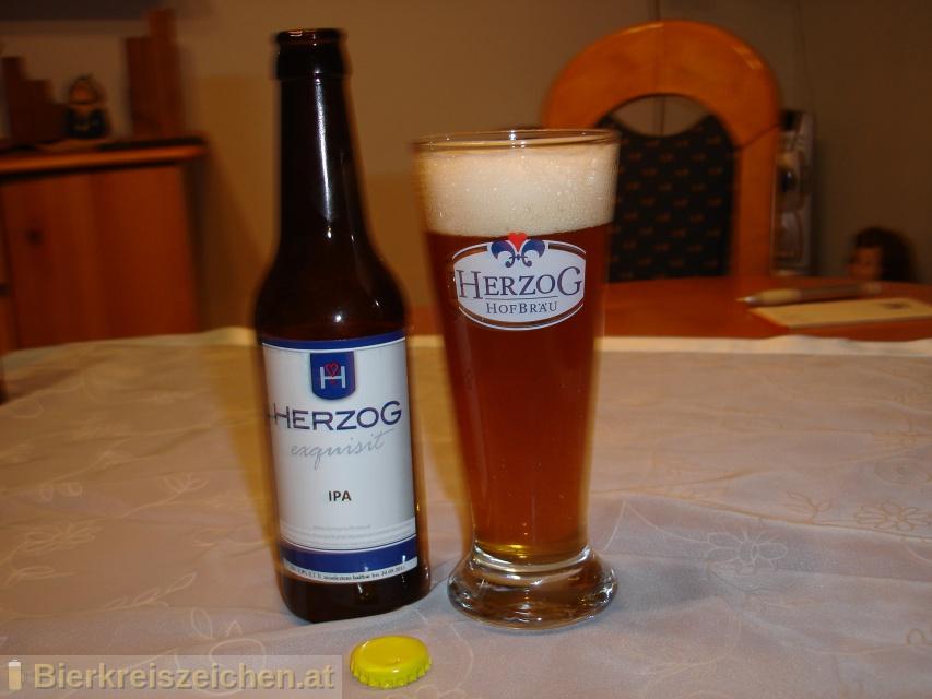 Foto eines Bieres der Marke Herzog IPA aus der Brauerei Herzog Hofbräu