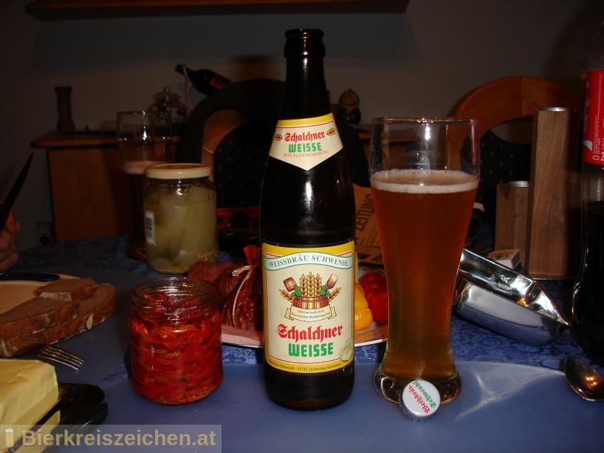 Foto eines Bieres der Marke Schalchner Weisse  aus der Brauerei Weissbräu Schwendl