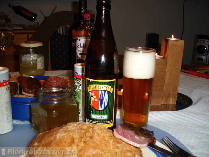 Foto eines Bieres der Marke Flamberger Hausbier aus der Brauerei Brauerei Flamberger