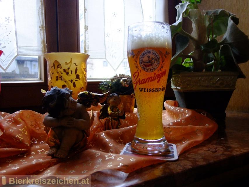 Foto eines Bieres der Marke Graminger Leichtere Weisse aus der Brauerei Graminger Weissbräu