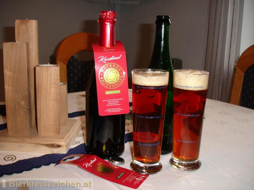 Foto eines Bieres der Marke Sonderedition Kardinal 2013 aus der Brauerei Hofbräu Kaltenhausen