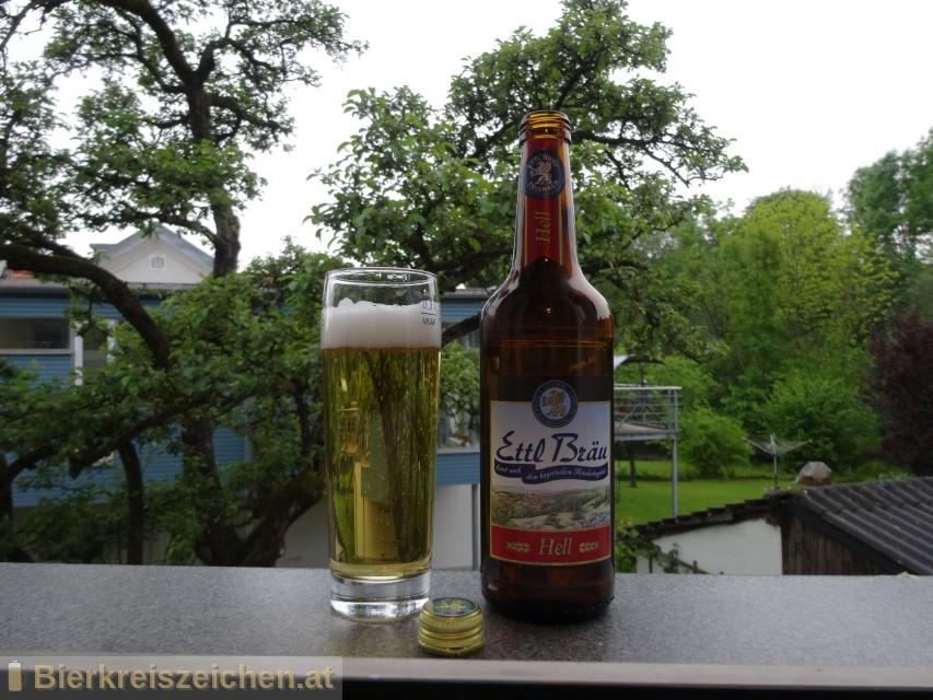 Foto eines Bieres der Marke Ettl Hell aus der Brauerei Ettl Bräu