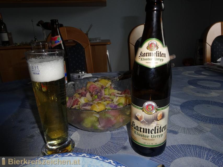 Foto eines Bieres der Marke Karmeliten Kloster Urtyp aus der Brauerei Karmeliten Brauerei