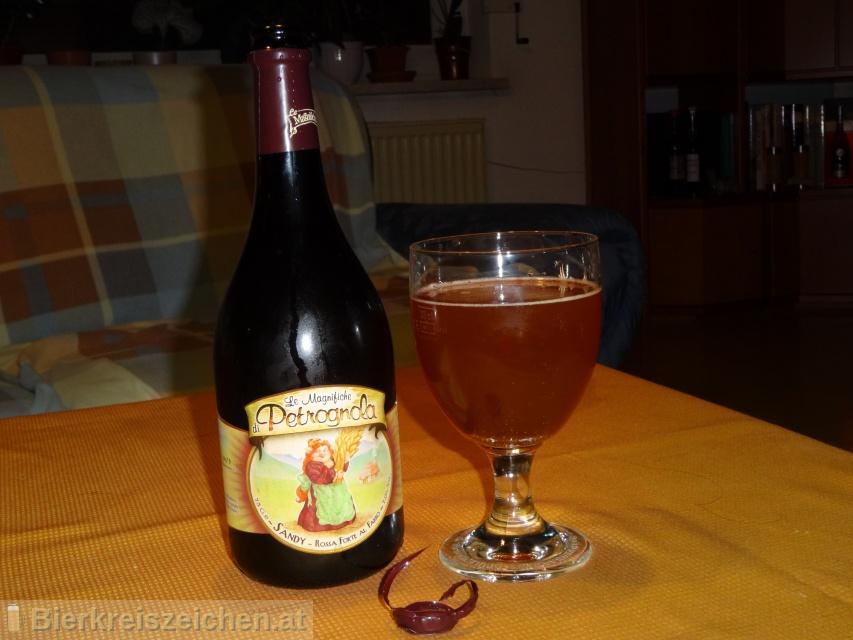 Foto eines Bieres der Marke A.P.A - American Pale Ale aus der Brauerei Birrificio La Petrognola