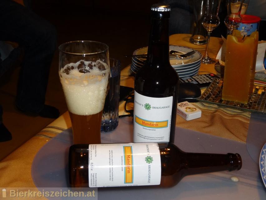 Foto eines Bieres der Marke Mandarin aus der Brauerei Brandy's BrauGarage