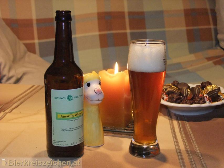 Foto eines Bieres der Marke Amarillo Weisse aus der Brauerei Brandy's BrauGarage
