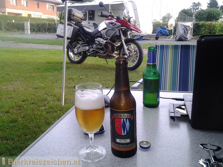 Foto eines Bieres der Marke Flamberger Blue Max aus der Brauerei Brauerei Flamberger