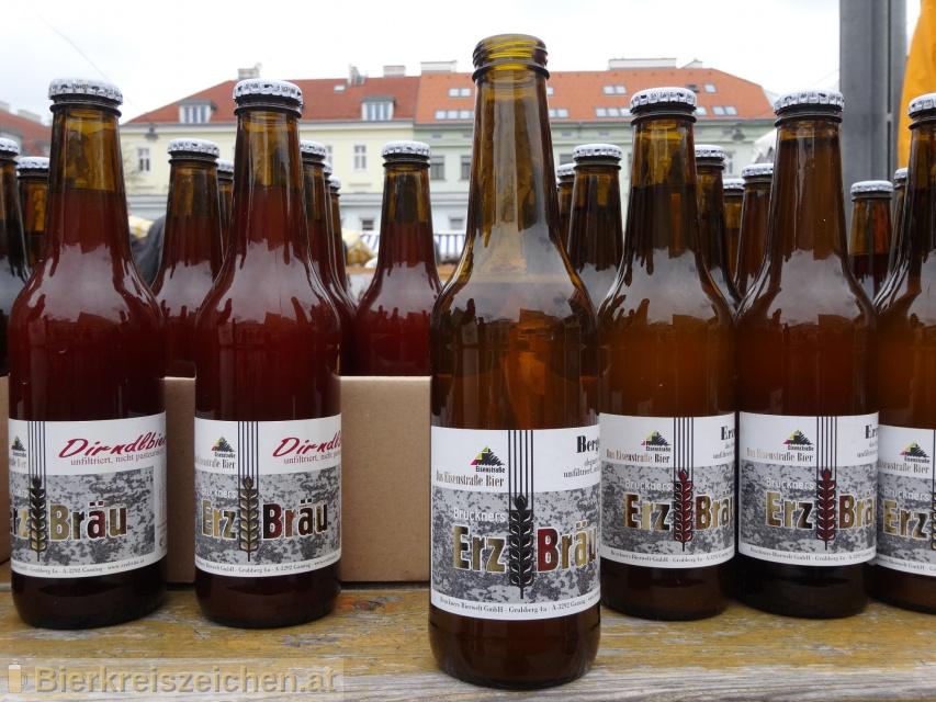 Foto eines Bieres der Marke Erzbräu Bergquell aus der Brauerei Bruckners Erzbräu