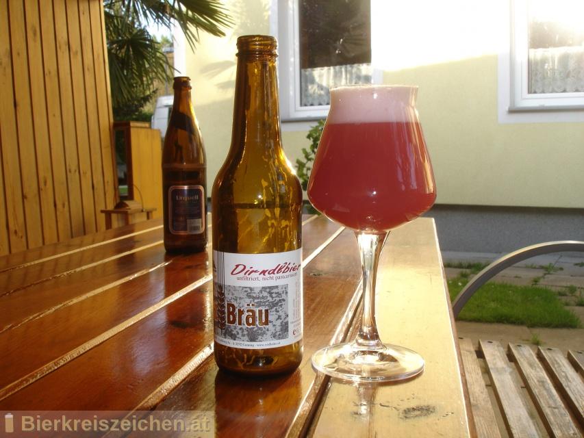 Foto eines Bieres der Marke Erzbräu Dirndl-Bier aus der Brauerei Bruckners Erzbräu