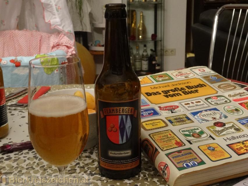 Foto eines Bieres der Marke Flamberger Holunderbier aus der Brauerei Brauerei Flamberger