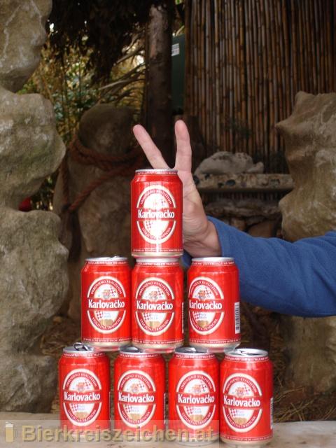 Foto eines Bieres der Marke Karlovačko Svijetlo Pivo aus der Brauerei Karlovačka pivovara