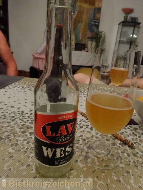 Foto eines Bieres der Marke Lava Bräu West aus der Brauerei Lava Bräu