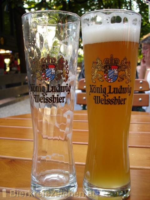 Foto eines Bieres der Marke König Ludwig Weissbier Hell aus der Brauerei König Ludwig Schlossbrauerei Kaltenberg