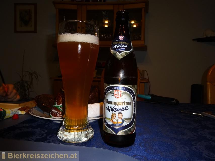 Foto eines Bieres der Marke Baumgartner Weisse hell aus der Brauerei Baumgartner Brauerei