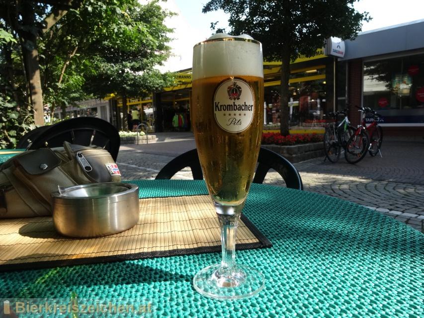 Foto eines Bieres der Marke Krombacher Pils aus der Brauerei Krombacher Brauerei