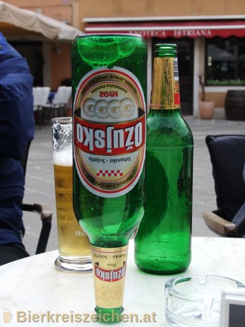 Foto eines Bieres der Marke Ožujsko Pivo aus der Brauerei Zagrebačka pivovara