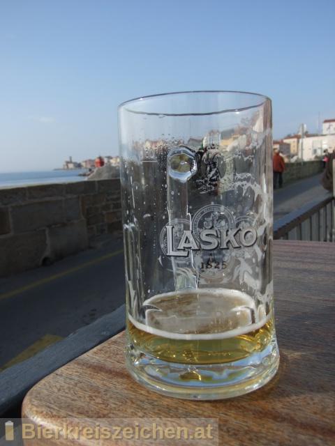 Foto eines Bieres der Marke Laško Zlatorog aus der Brauerei Pivovarna Laško