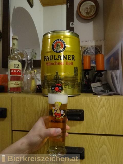 Foto eines Bieres der Marke Paulaner Original Münchner Hell aus der Brauerei Paulaner Brauerei