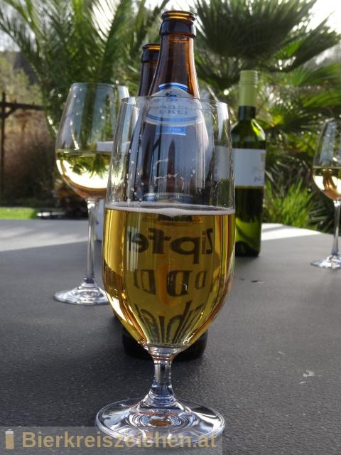 Foto eines Bieres der Marke Zipfer Drei aus der Brauerei Brauerei Zipf