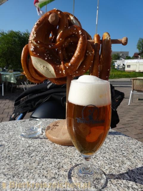 Foto eines Bieres der Marke Werkstück - Märzen aus der Brauerei Bierschmiede