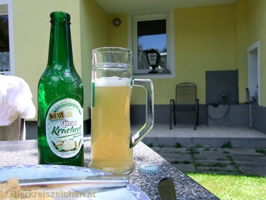 Foto eines Bieres der Marke Gösser Kracherl Holunder aus der Brauerei Brauerei Göss