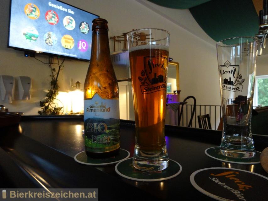 Foto eines Bieres der Marke Flecks Bio Bier Almenland aus der Brauerei Flecks