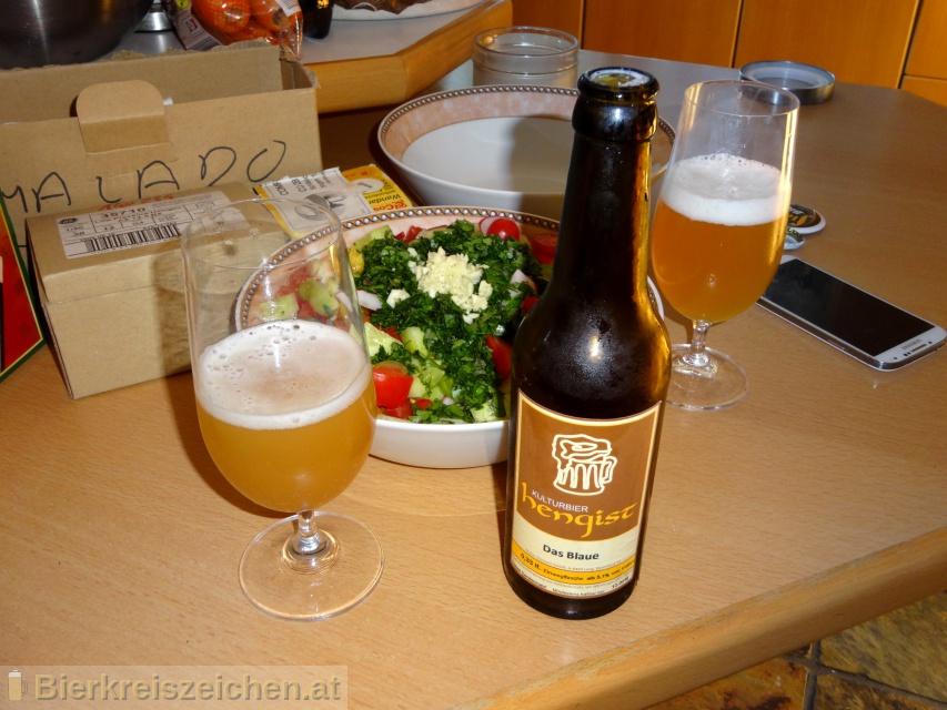 Foto eines Bieres der Marke Das Blaue Hengist aus der Brauerei Kulturbier Hengist