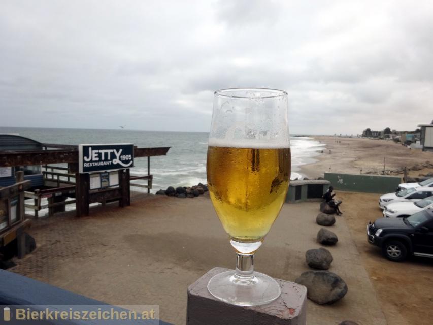 Foto eines Bieres der Marke Hansa Draught Beer Lager aus der Brauerei Namibia Breweries