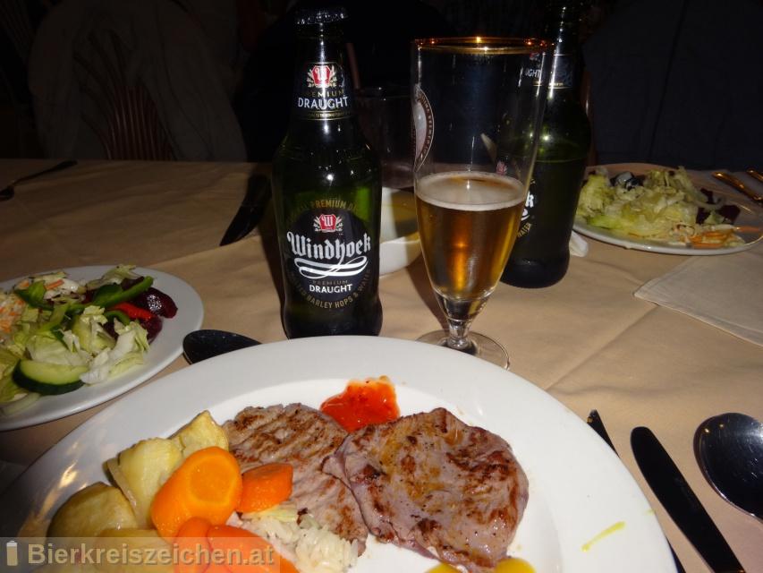 Foto eines Bieres der Marke Windhoek Premium Draught aus der Brauerei Namibia Breweries
