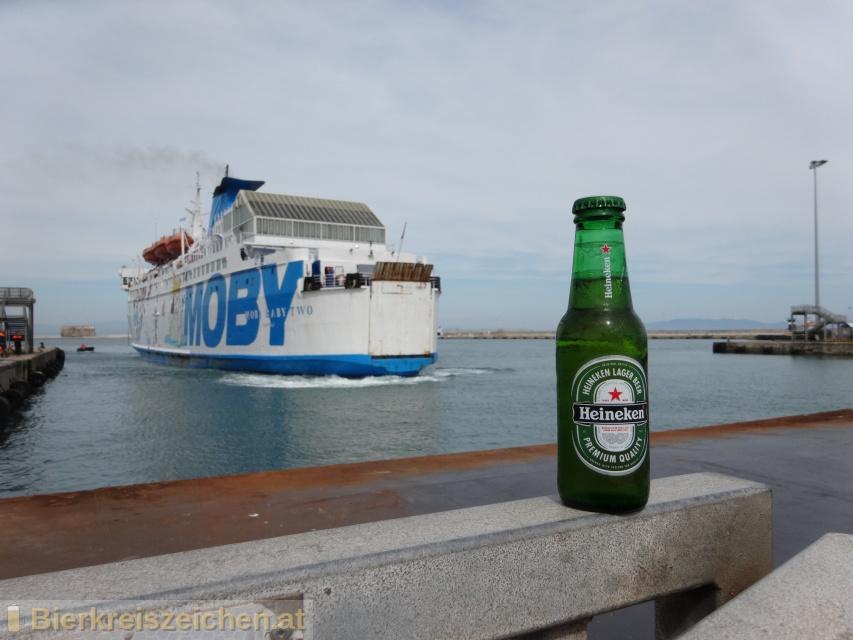 Foto eines Bieres der Marke Heineken Premium Lager aus der Brauerei Heineken