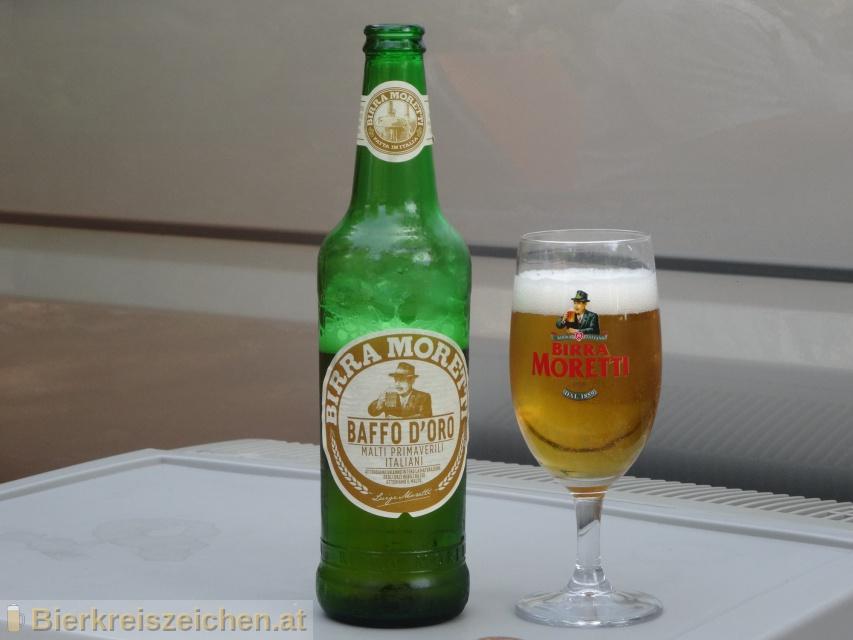 Foto eines Bieres der Marke Baffo d'Oro aus der Brauerei Birra Moretti