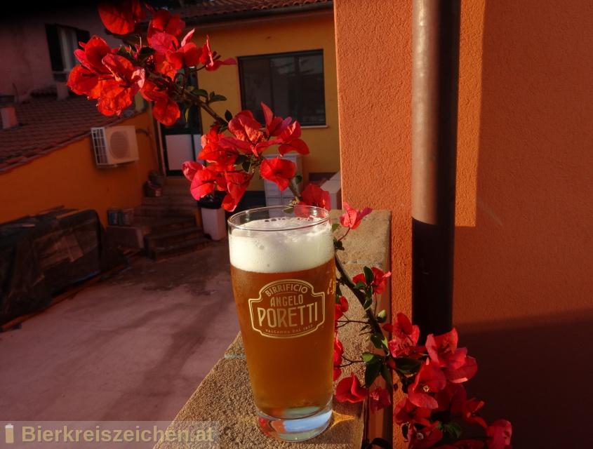 Foto eines Bieres der Marke Luppoli 3 aus der Brauerei Carlsberg Italia S.p.A.