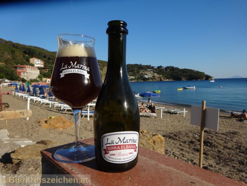 Foto eines Bieres der Marke Rossa aus der Brauerei La Marina Birra Elbana
